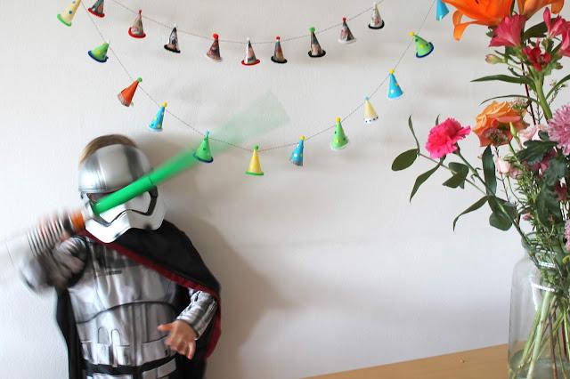 Koelner Paenz Kostuemidee Weltraum Star Wars Kinder Jules kleines Freudenhaus
