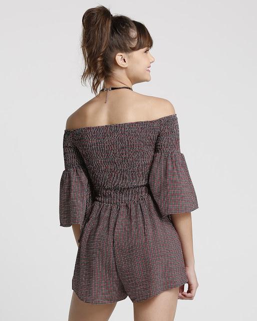 Fashion e confortável, combine com um coturno.