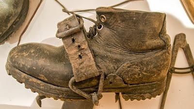scarponi chiodati