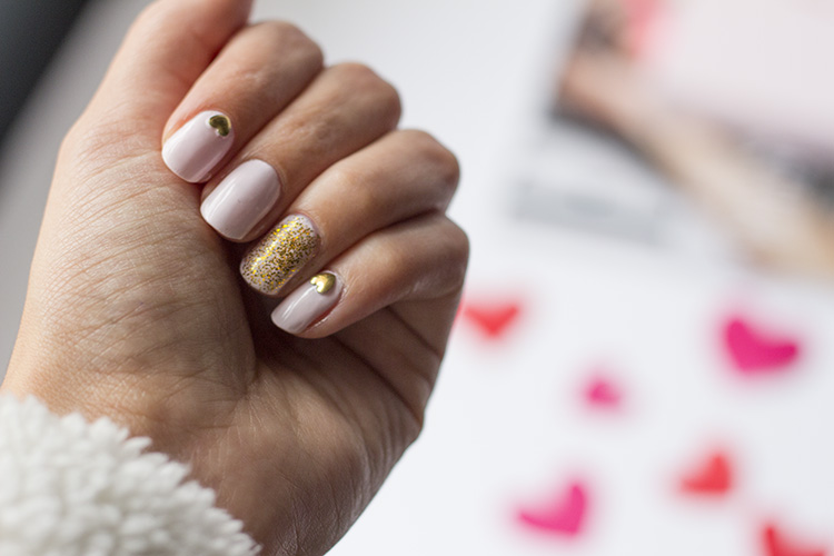 valentines day nail art look gold glitter and hearts