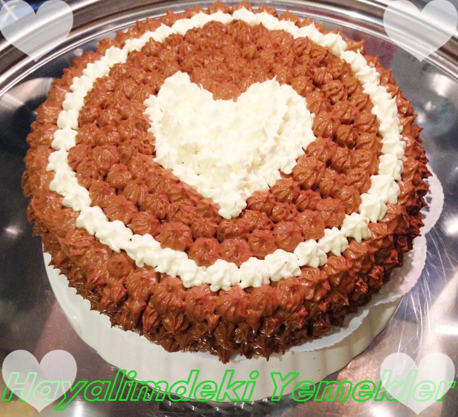 7 Kaşık İle Yapılan Kolay Pasta