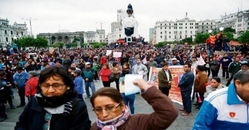 CGTP y SUTEP se unen para exigir al Minedu no firmar acuerdos con el docente Pedro Castillo