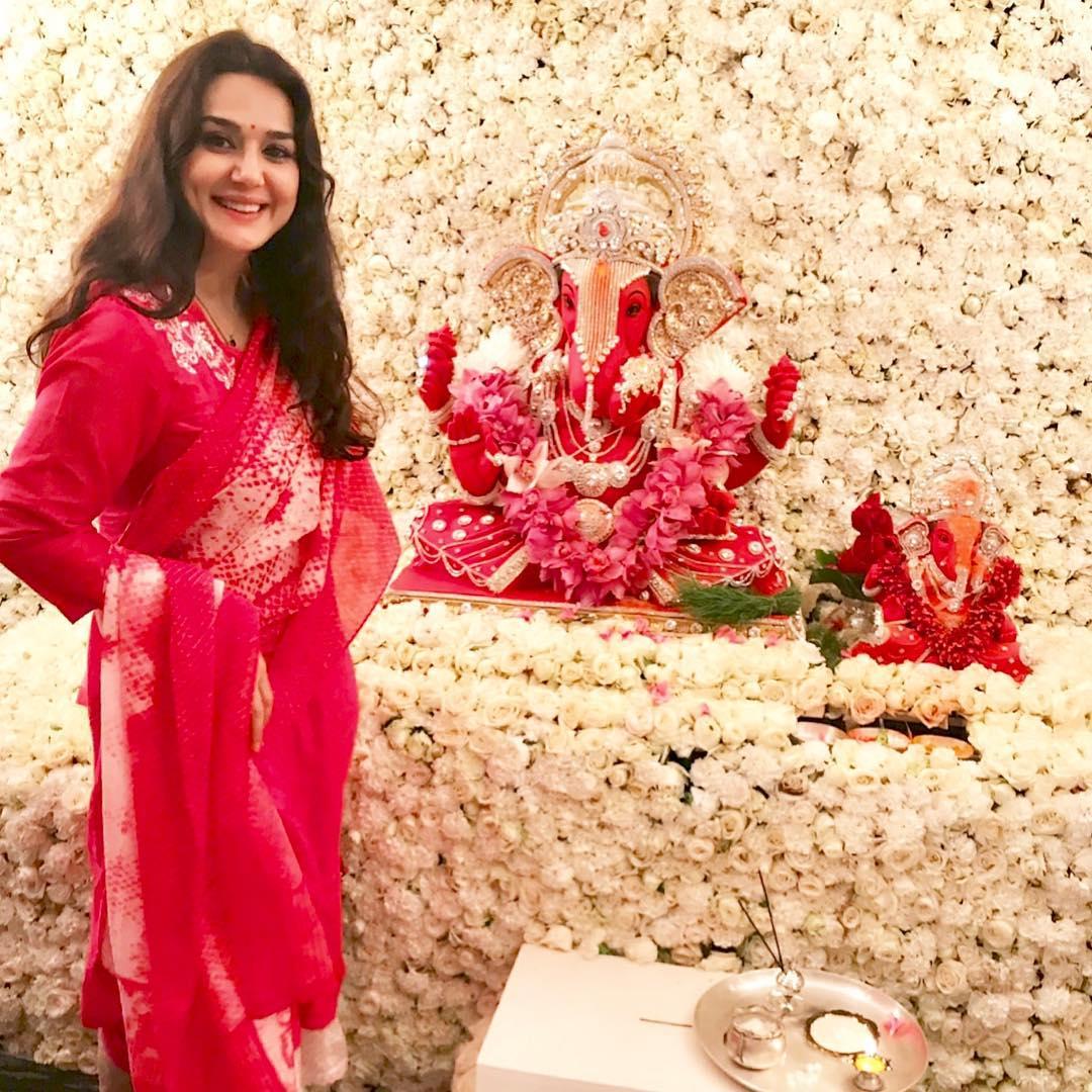 Preity Zinta Photo   Preity Zinta Picture   Preity Zinta Image