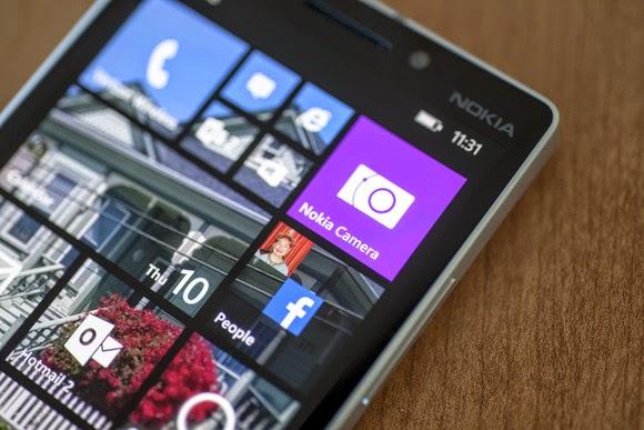 Windows 10 Mobile on a flagship Lumia