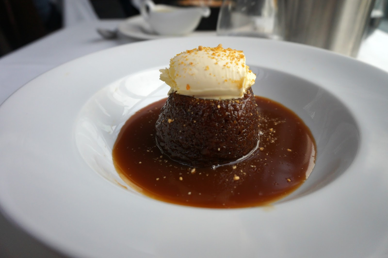sticky date pudding with toffee sauce and clotted cream