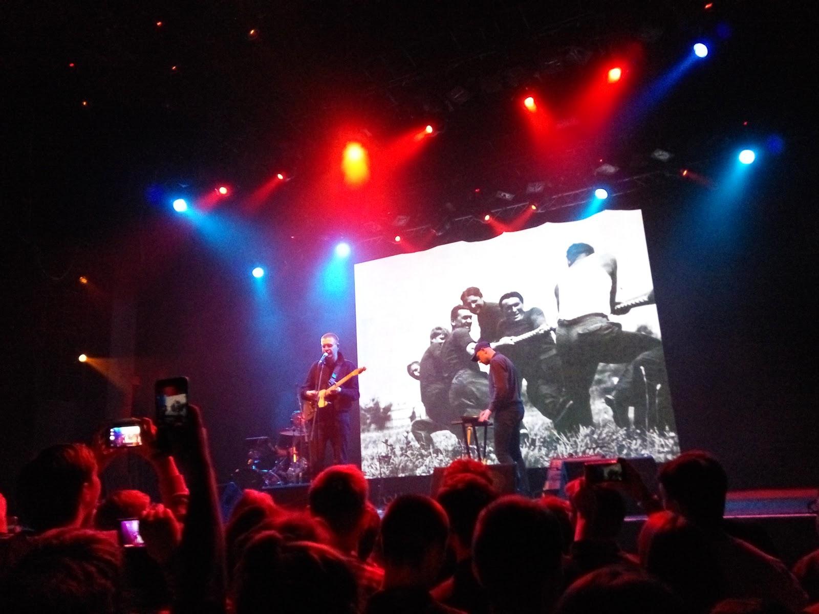 Клубы москвы концерты москва 2016 работа в ночном клубе фотографом