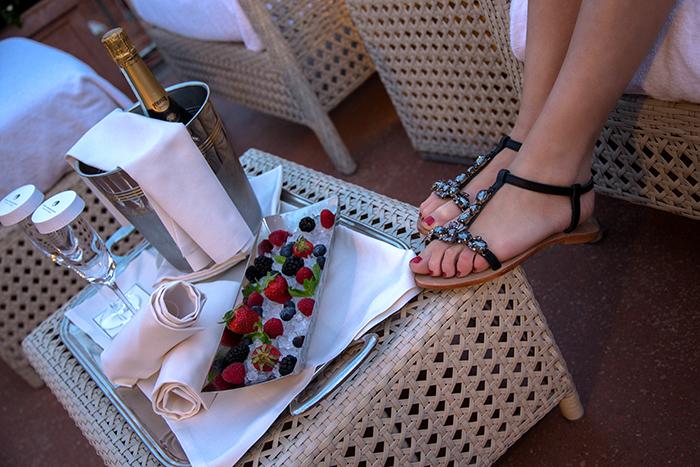 sandali gioiello outfit