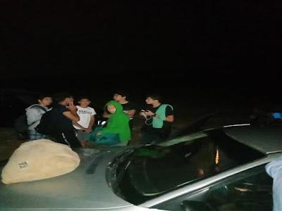 انقاذ 30 طالب من السيول