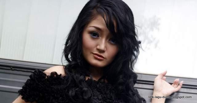Lirik Lagu Bara Bere - Siti Badriah