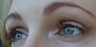 light delicate eye makeup