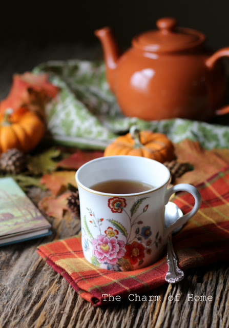 Autummn Tea: The Charm of Home
