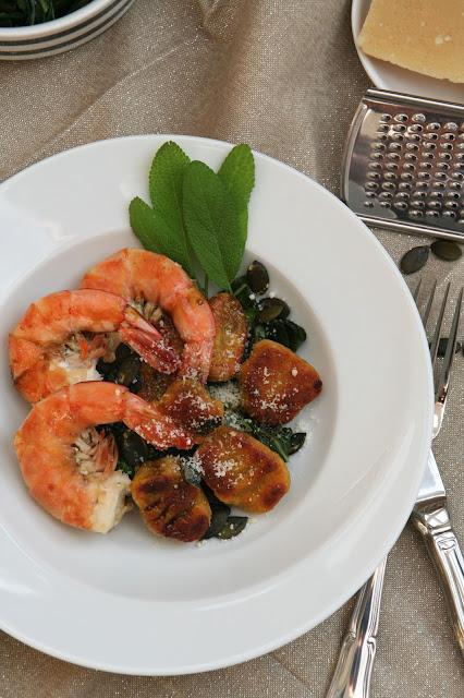 Kürbis-Kartoffel-Gnocchi mit Garnelen