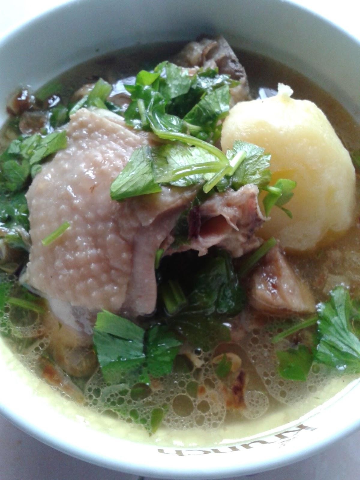 Sup Ayam Kampung : kampung, NAILY'S, KITCHEN:, KAMPUNG
