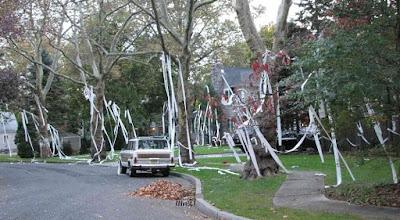 halloween prank tp houses