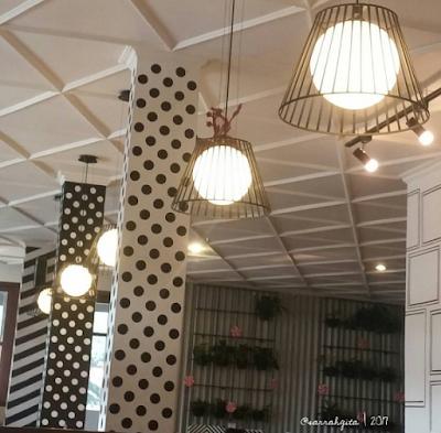 nomnom eatery