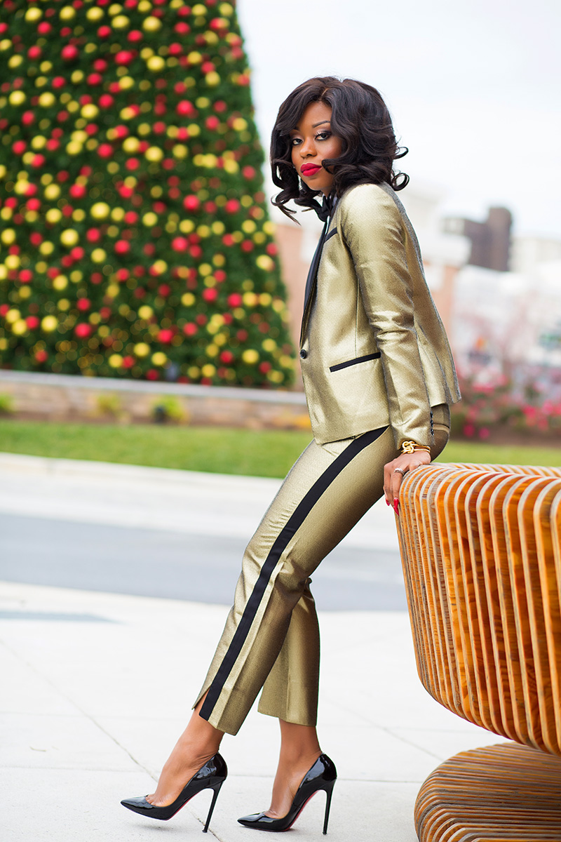 Banana Republic gold suit, holiday style, www.jadore-fashion.com