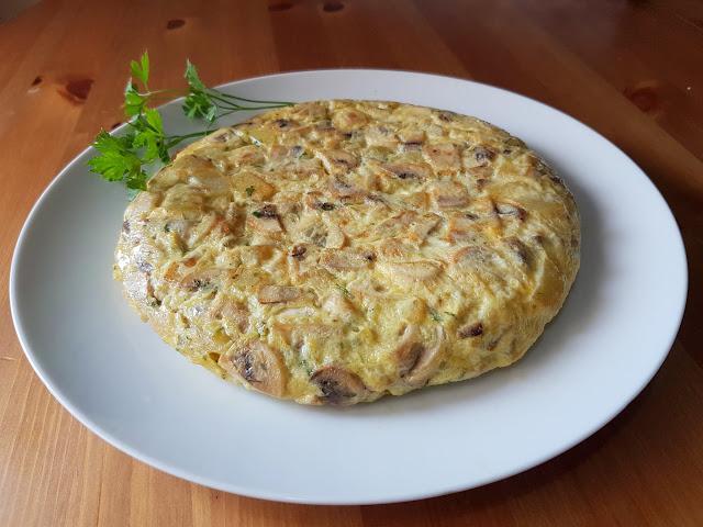 Tortilla de patata y champiñones