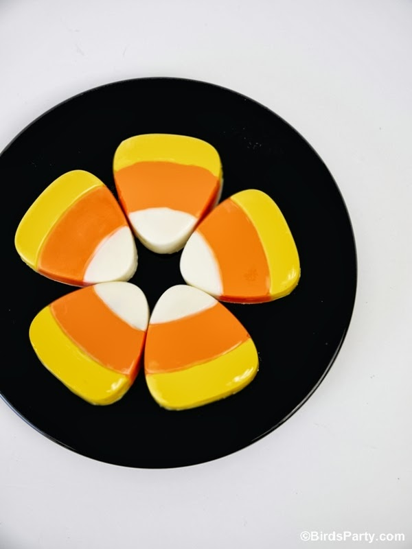 DIY Candy Corn Halloween Oreo Cookies Recipe | BirdsParty.com