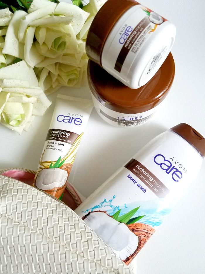 Review: AVON Care - Restoring Moisture mit Kokosnussöl für trockene Haut