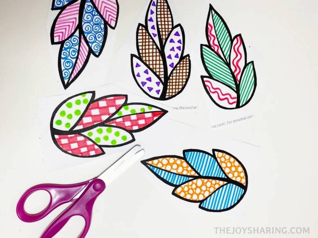how to decorate paper leaves with doodle art