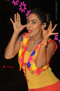 Telugu Actress Model Sri Reddy Latest Stills in Yellow Dress  0034.JPG