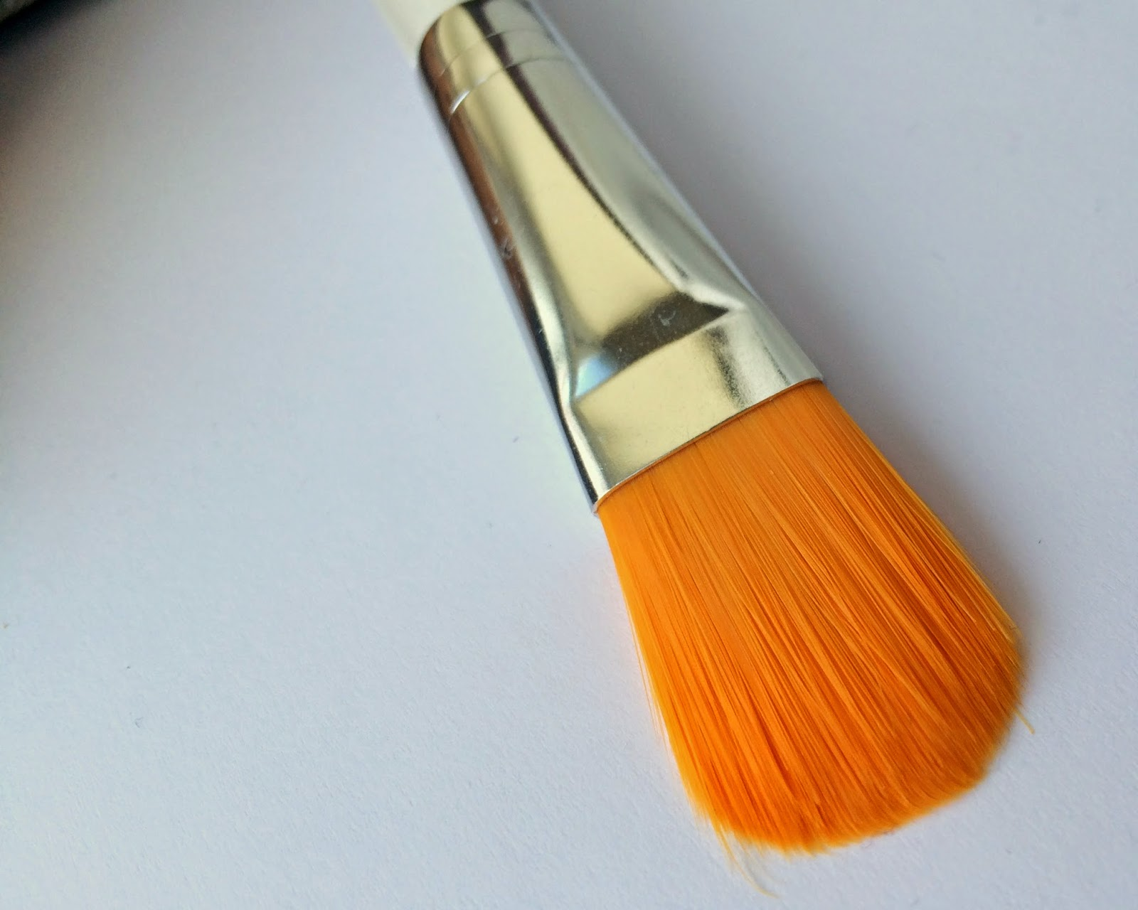 elf-foundation-brush-bristles