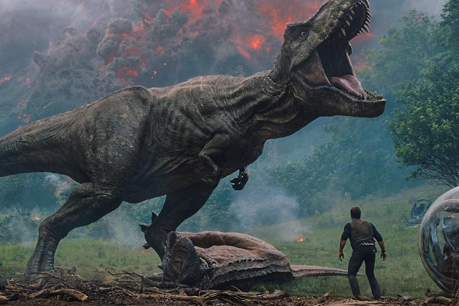 """Trailer final de """"Jurassic World – Reino Ameaçado"""" desencadeia o caos"""