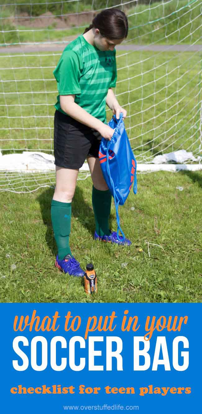 Soccer bag checklist for teens| Essentials that should be in any soccer bag | important items to keep in your soccer bag