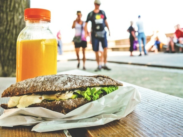 Tips For Taking in Healthy While Traveling