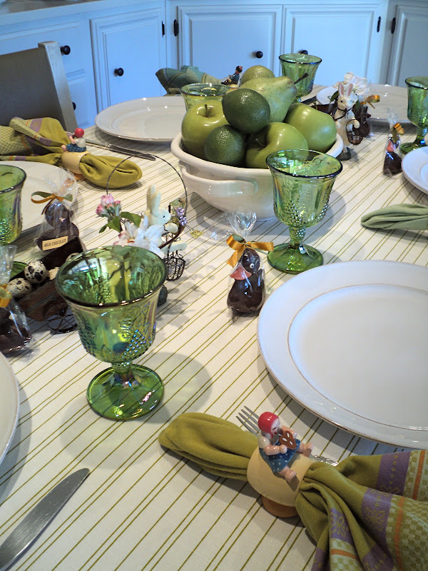 Knitionary: Easter table setting