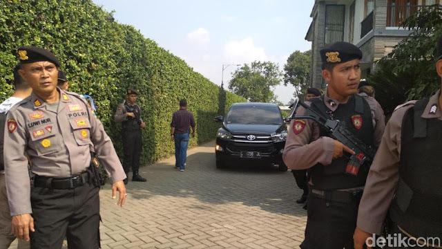 Eks Bupati Tulungagung 'Menghilang', KPK Geledah Rumahnya
