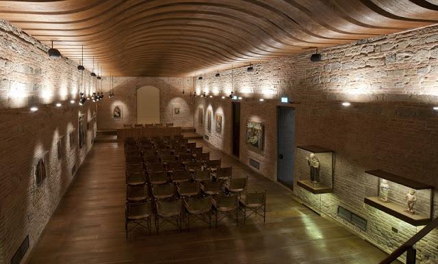 Sobre o Palazzo Salimbeni em Siena