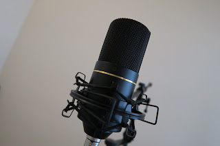 microphone for voiceover voice acting
