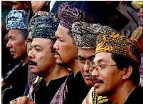 Penghulu Pemimoin kaum di minangkabau