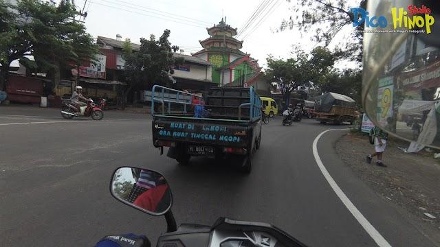 Inspirasi Kata Bijak di Mobil Pickup Pandaan