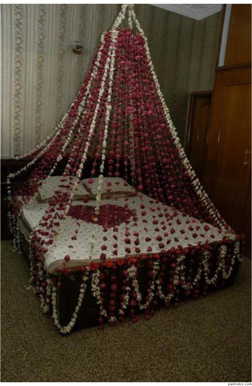 Wedding Bedroom Decoration. Flower Bedroom Decoration   Bedroom Style Ideas