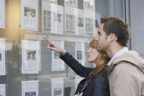 Duna House: tavaly több mint 152 ezer ingatlan-adásvétel történt