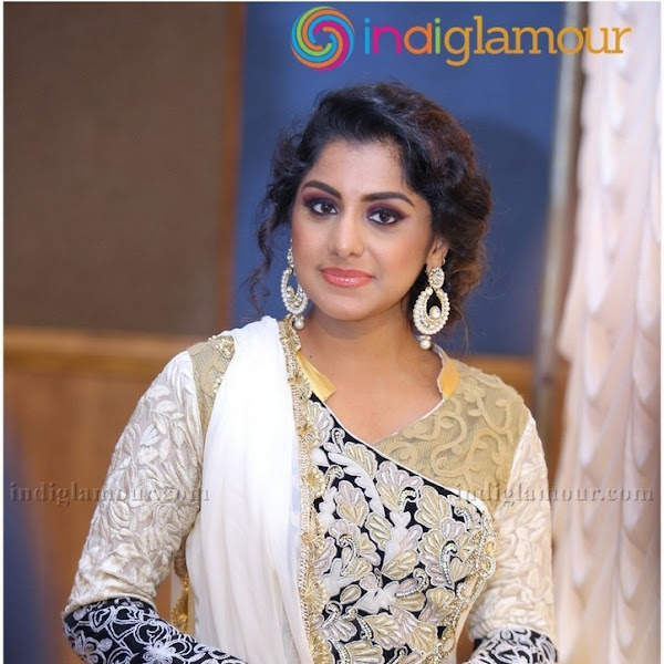 Ann Augustine and Meera Nandan latest photos from m4marry wedding fair