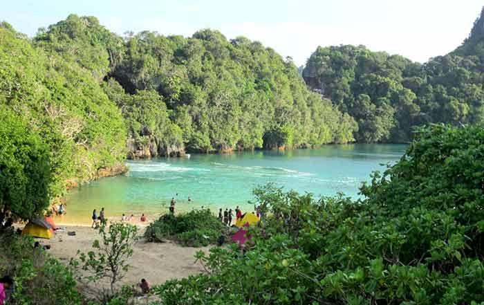 Adventure Traveller Blog Sempu Island Malang East Java Indonesia