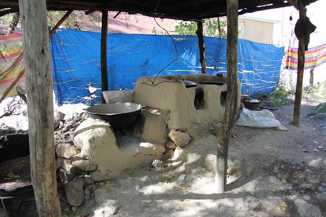 Kirghizistan, Arslanbob, cuisine, © L. Gigout, 2012