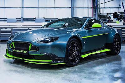 Aston Martin Vantage GT8 (2016) Front Side