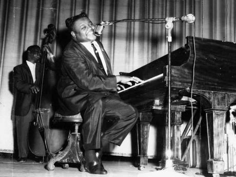Un Clásico: Fats Domino - Ain't That A Shame