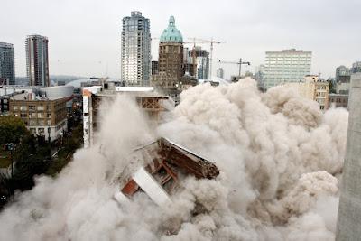 Delitos urbanísticos (VII): la demolición (319. 3 Cp) no se puede diferir a la ejecución administrativa