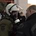 Απαράδεκτος - Άντρας των ΜΑΤ βρίζει διαδηλώτρια και παίρνει αυτό που του αξίζει [Βίντεο]
