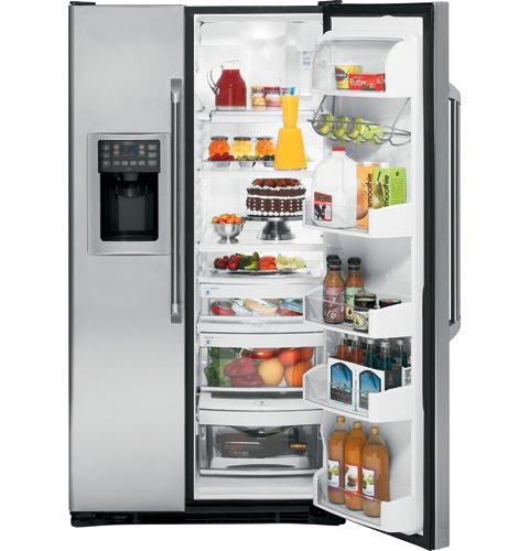 ada tiga jenis kulkas yang bisa anda pertimbangkan yaitu side by freezer di samping