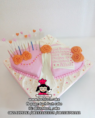 Kue Tart Double Love Pink