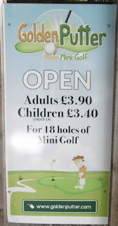 Prices for the Golden Putter Mini Golf course in Warwick (July 2015)