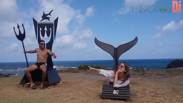 Fernando de Noronha - Museu dos Tubarões Esculturas a Beira Mar que simulam uma Sereia para as Mulheres e Posseidon (Deus Grego) para os Homens