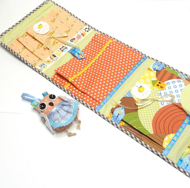 Навесные карманы в шкафчик с игрушкой Сова - ручная работа, четыре секции. 20 х 70 см