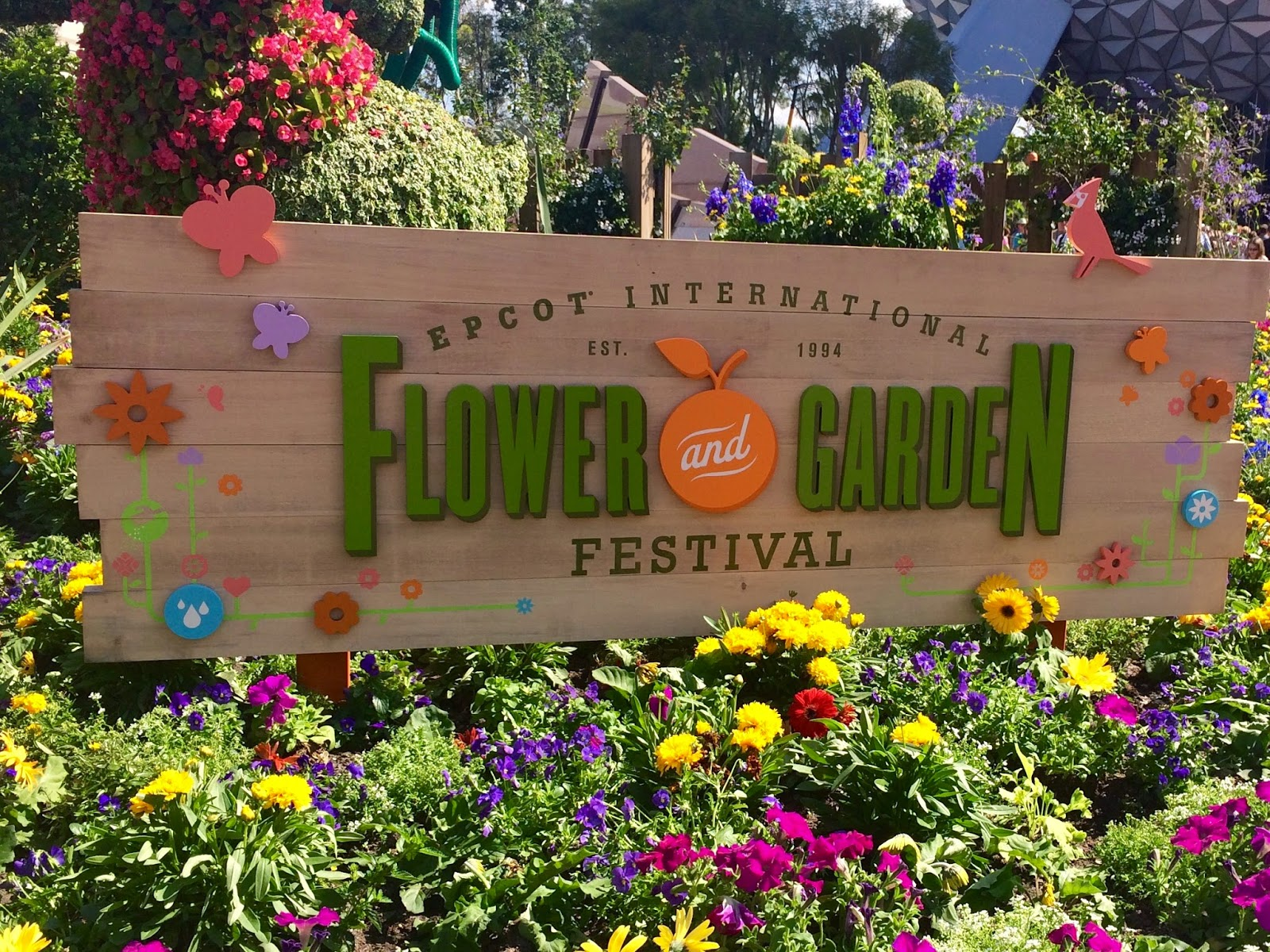 Weekend Whereabouts & Epcot\'s Flower & Garden Festival - Martinis ...